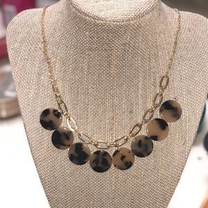 Leopard styled necklace